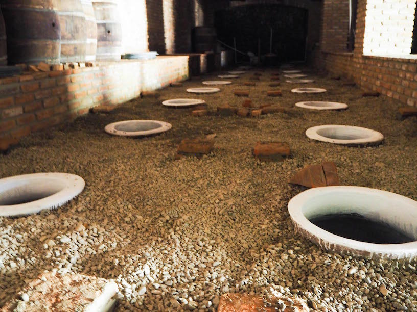 Georgian fermentation vats similar to baijiu