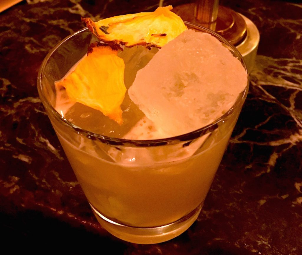 Baijiu cocktail with dehydrated pineapple