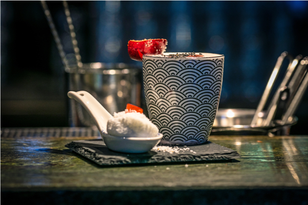 baijiu cocktail in mug with spoon
